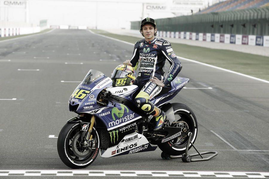 Rossi bergaya dengan superbike