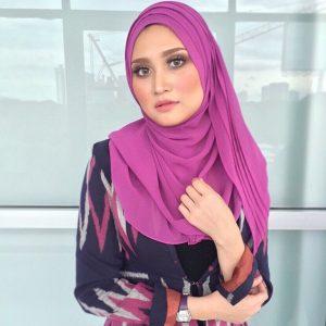 Ayda Jebat Bertudung Ala Muslimah
