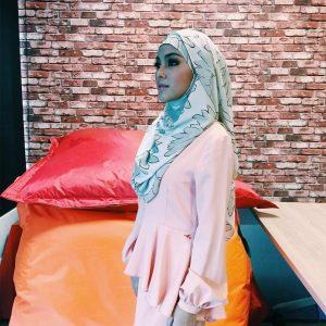Eyka Farhana Gaya Muslimah