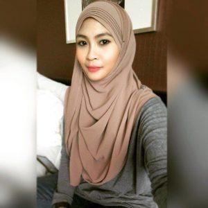 Siti Nordiana Mula Bertudung dan Berhijab pada 2011