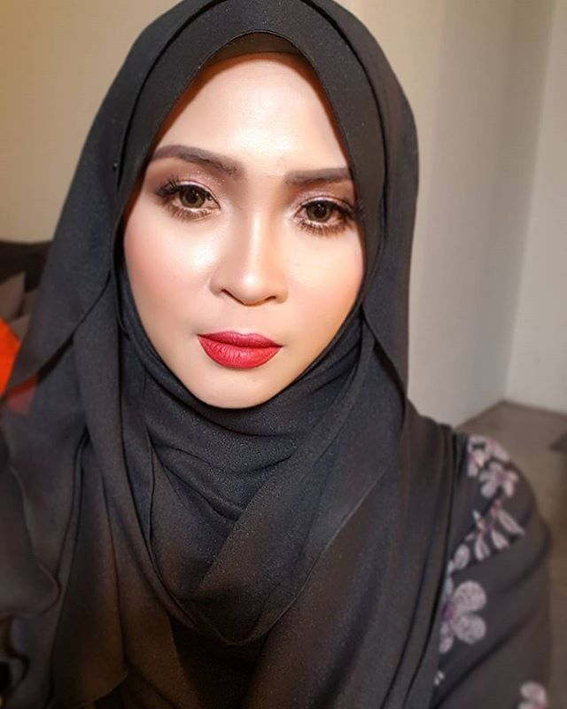 Siti Nordiana Selfie Cute