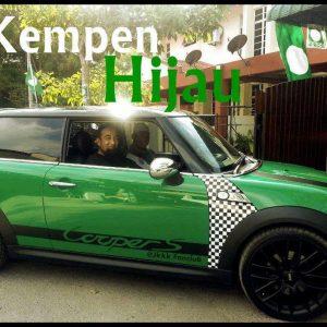 Ustaz Azhar Idrus dan Kereta Mini Cooper Hijau