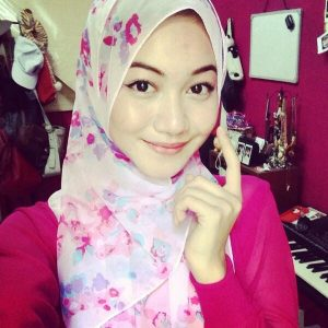 Daiyan Trisha Bertudung Cute