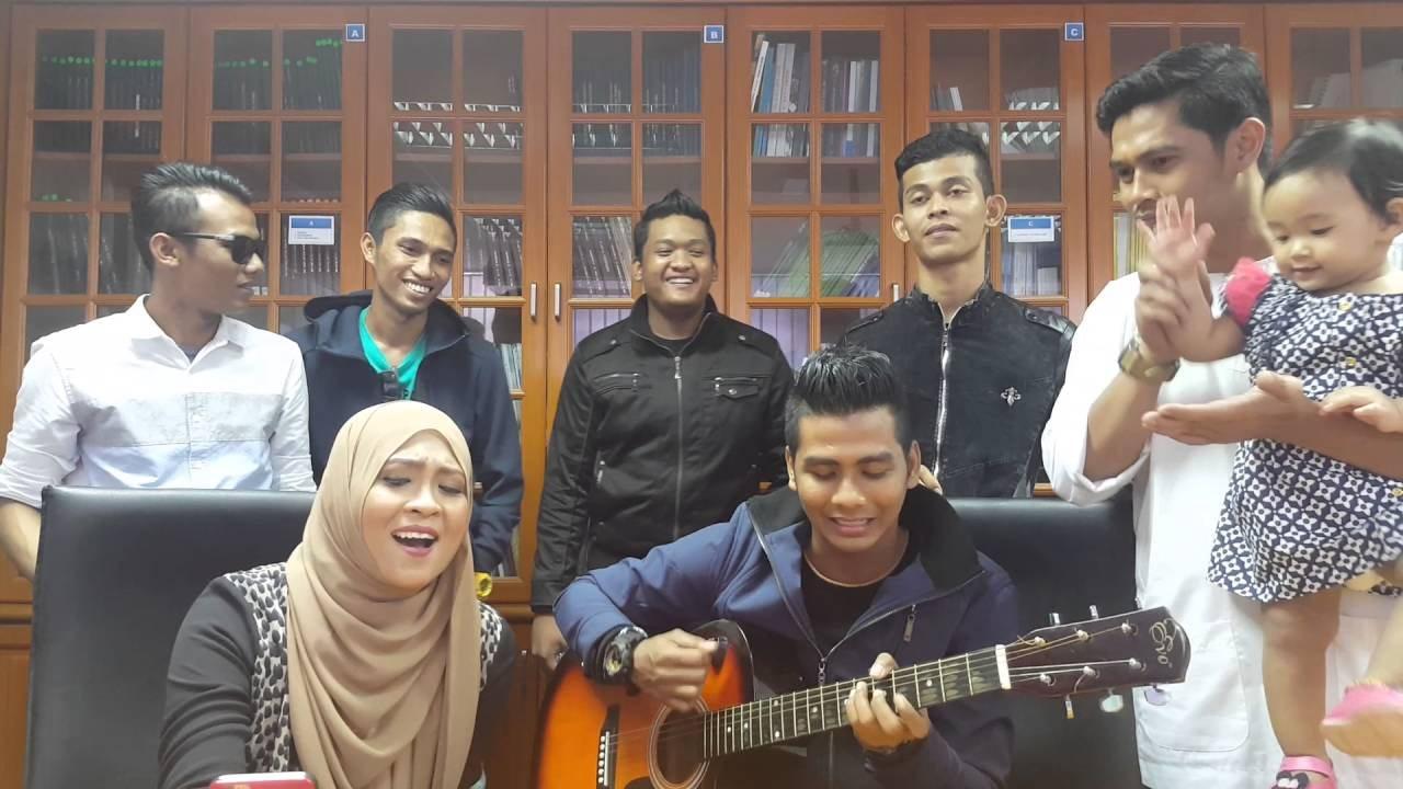 Siti Nordiana Nyanyi Spontan Lagu Projector Band Sudah Ku Tahu