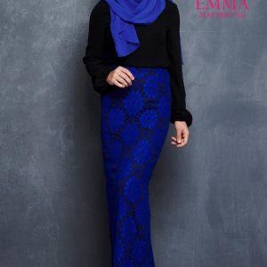 Emma Maembong Model Baju Kurung Moden Biru