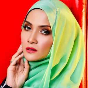 Foto Sherry Ibrahim Berhijab