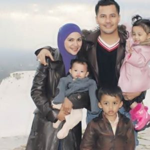 Gambar Dato Aliff Syukri dan Keluarga Pergi Bercuti
