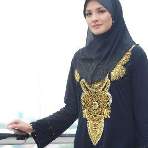 Gaya Muslimah Artis Fazura