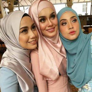 Mia Ahmad dan Fathia Selfie