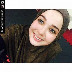 Selfie Bertudung Emma Maembong