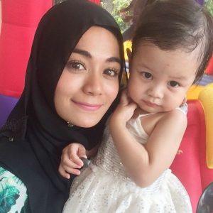 Instagram Tasha Shilla Hijab