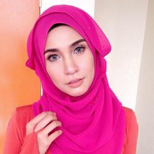 Izreen Azminda Berwajah Cengkung