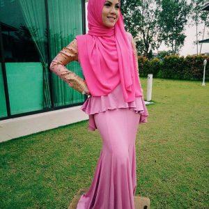 Baju Kurung Dan Shawl Pink Tiz Zaqyah