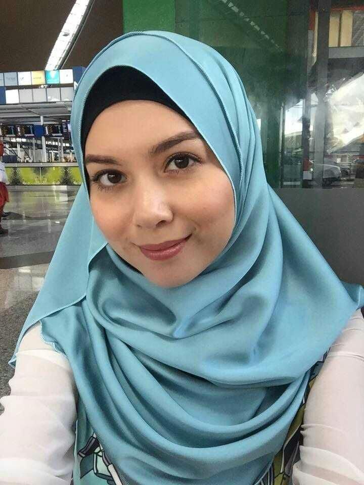 Foto siti saleha bertudung manis for Siti di foto