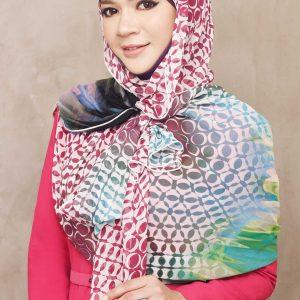 Gambar Diana Amir Bertudung Koleksi Melinda Looi