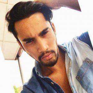 gambar-selfie-idris-khan