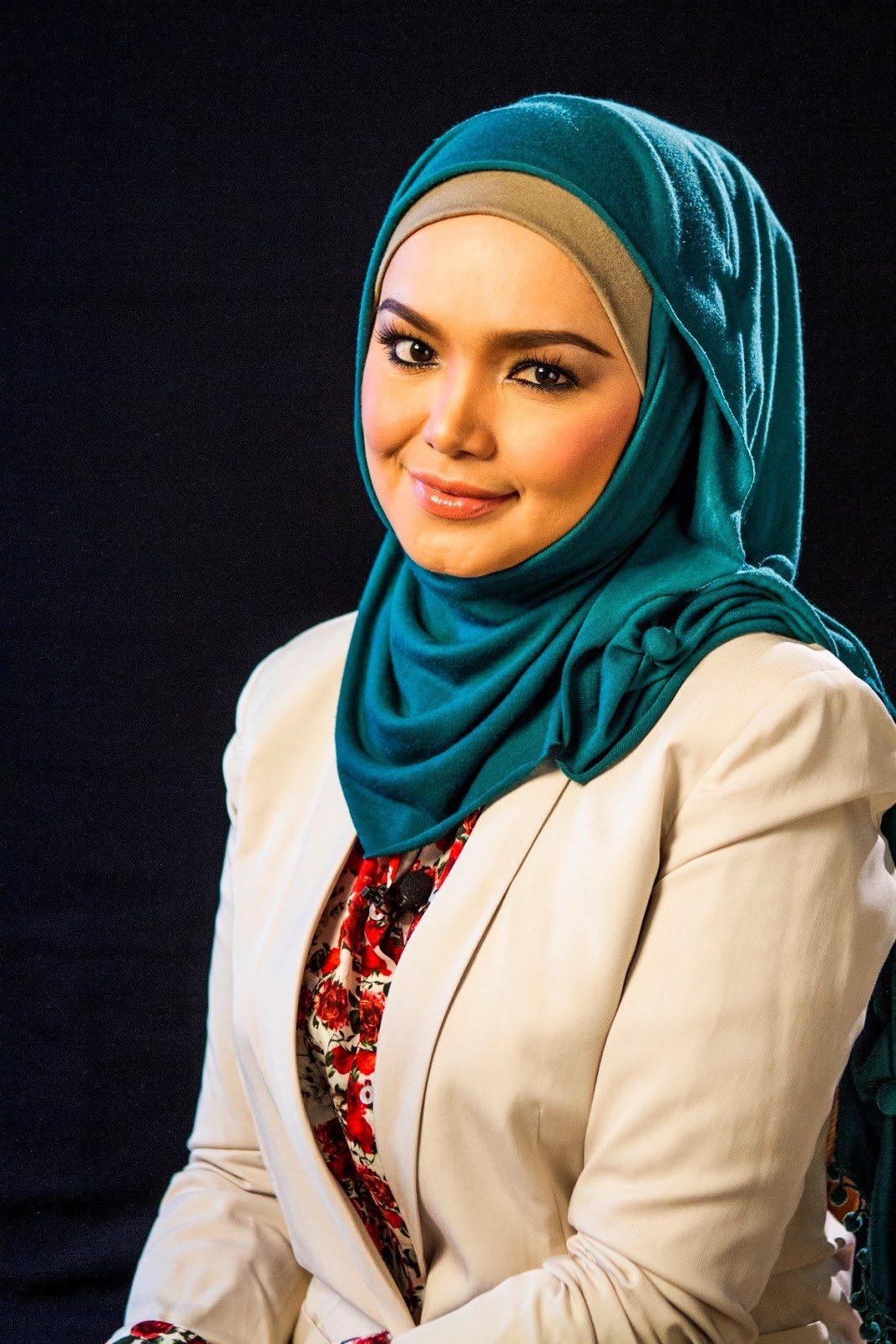 Nyawaku gambar imej terbaru siti nurhaliza gambar terbaru for Siti di foto