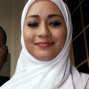 Maya Karin Bertudung Semasa Ke Mahkamah Menguruskan Perceraian Dengan Muhamaad Ali