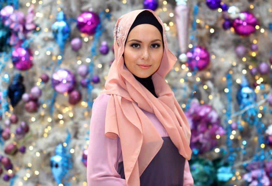 Siti Saleha Artis Dengan Tudung
