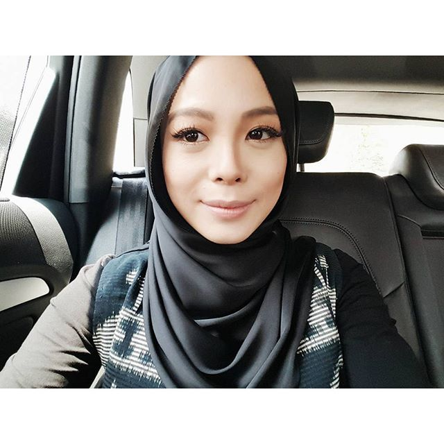 Beautiful Places In Malaysia With Description: Vivy Yusof Selfie
