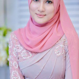 Wajah Cantik Hanis Zalikha