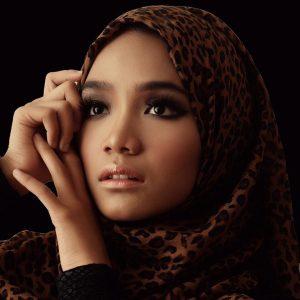 Wajah Gadis Melayu Cantik Eksotik Ummi Nazeera Bertudung