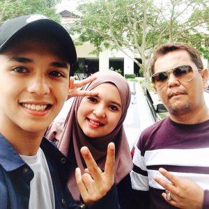 Wefie Aiman Tino Selesai Persembahan Di Terengganu