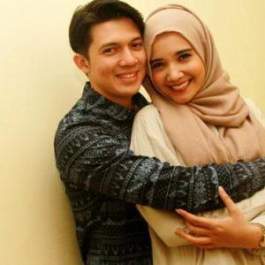 Foto Romantis Zaskia Sungkar Dan Irwansyah