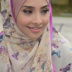 Gambar Zarina Anjoulie Berhijab 1