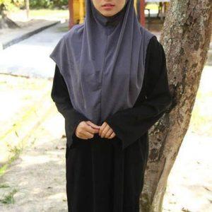 Gaya Fesyen Muslimah Nur Risteena Munim