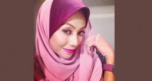 Biodata Lana Nordin Yang Sinonim Dengan Gelaran Pamela Anderson Malaysia