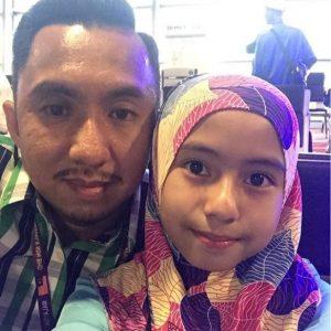 Mia Sara Dan Ayahnya