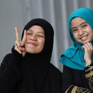 Mia Sara Dan Fynn Jamal Duta Produk Caliph