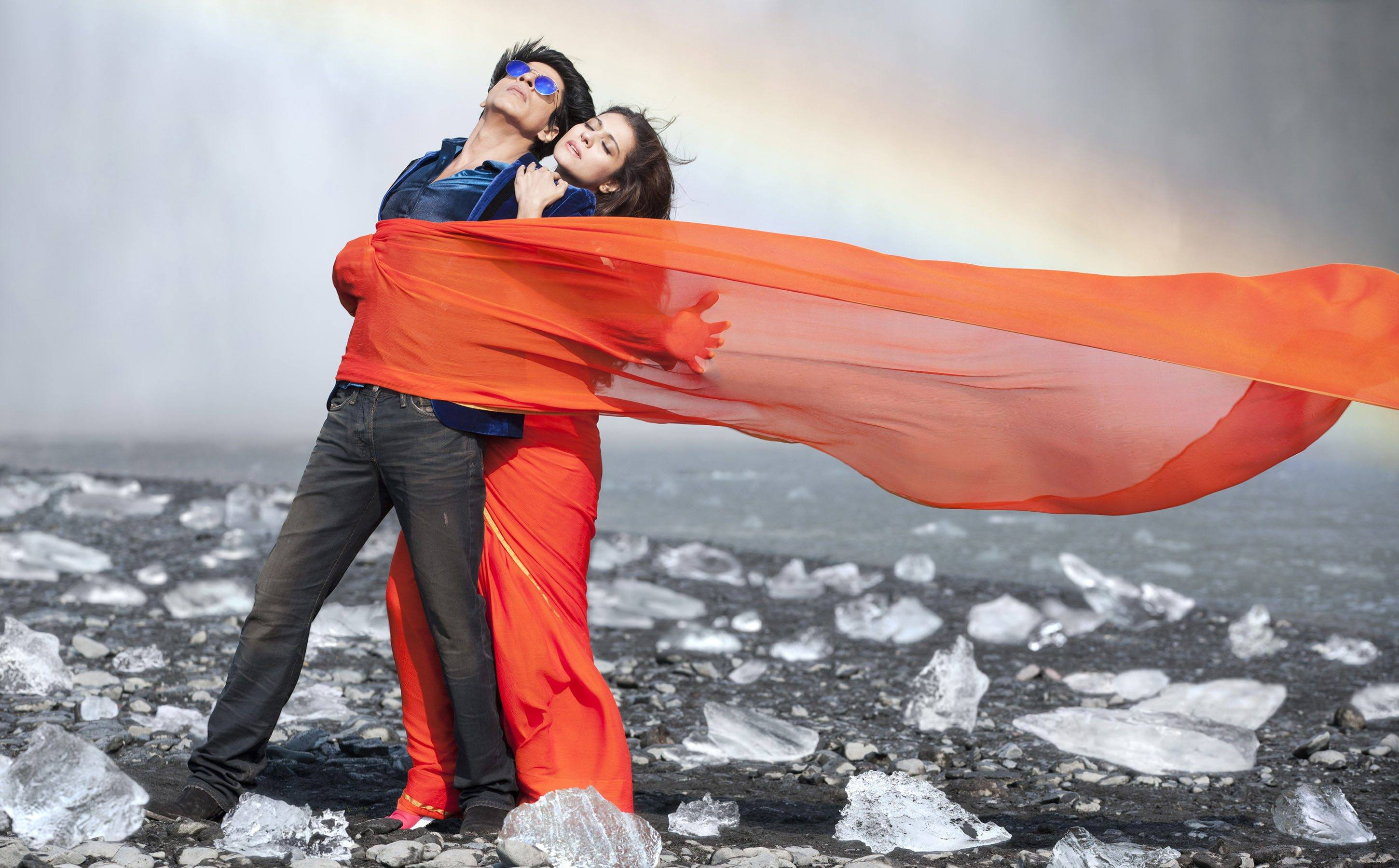 Dilwale Gerua Hd Wallpaper