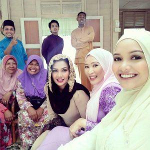 Selfie Spontan Azira Shafinaz Dan Kru Drama Karma Cinta