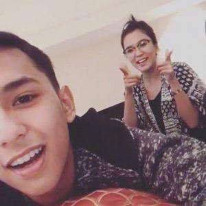Gambar Aiman Tino Dan Kakaknya Yang Comel