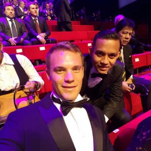 Faiz Subri Selfie Bersama Manuel Neuer, Penjaga Gol Bayern Munich