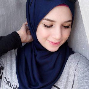 Gambar Deena Emir Comel