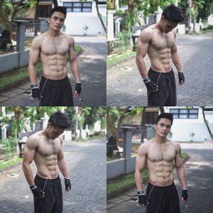 Gambar Hot Randy Pangalila Tak Pakai Berbaju
