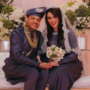 Gambar Kahwin Sarimah Ibrahim Dan Husband