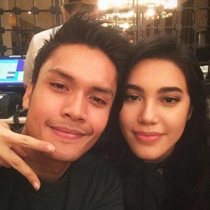 Randy Pangalila Bersama Kekasih (pacar) Michella Putri