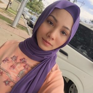 Elvina Mohamad Cantik Berhijab
