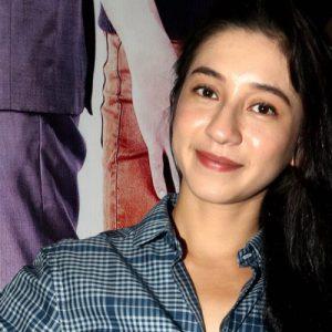 Gambar Pelakon Farali Khan