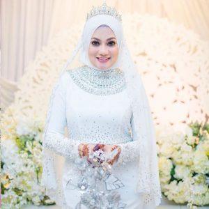 Gambar Perkahwinan Hazlin Hussain 999