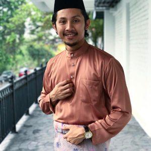 Gaya Luqman Hafidz Berbaju Melayu Lengkap