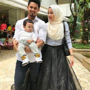 Hairul Azreen, Hanis Zalikha Dan Anaknya Yusuf Iskandar
