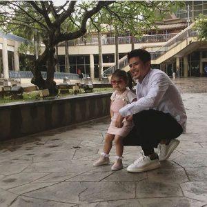 Lara Alana Dan Bapanya Awal Ashaari