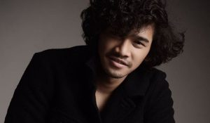 Biodata Nadzmi Adhwa, Pelakon Baru Berambut Kerinting
