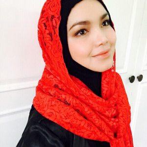Tudung Kallista Oleh Siti Nurhaliza