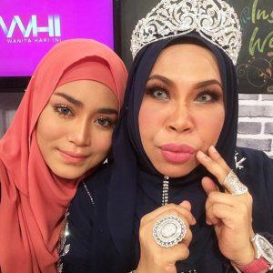 Uyaina Arshad Selfie Dengan Dato Seri Vida
